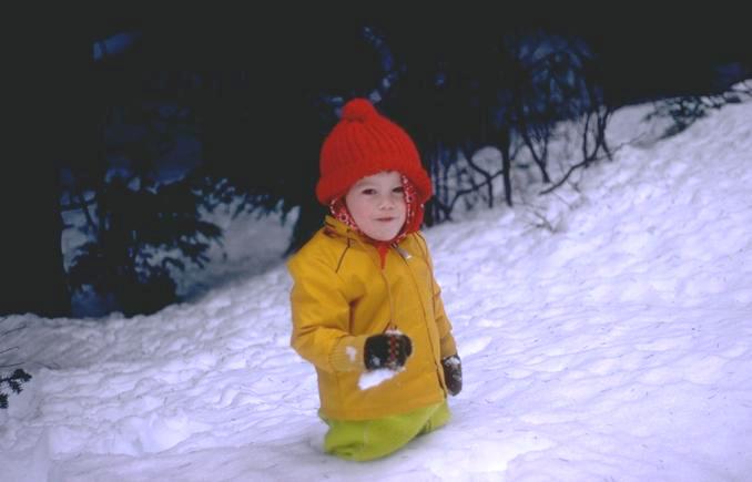 Som una empresa encarregada del servei de la treta de neu a privats de novembre a abril. Fem la treta de neu a tot Andorra contracti ara la seva treta de neu