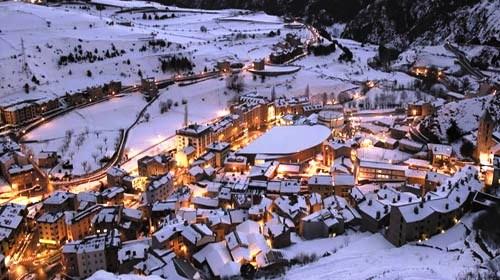 Especialistes en la Treta de neu a Canillo Andorra, netegem els seus camins privats, accessos a pàrquings de comunitats, zones privades de Restaurants i Hotels retirada de nieve en Andorra.