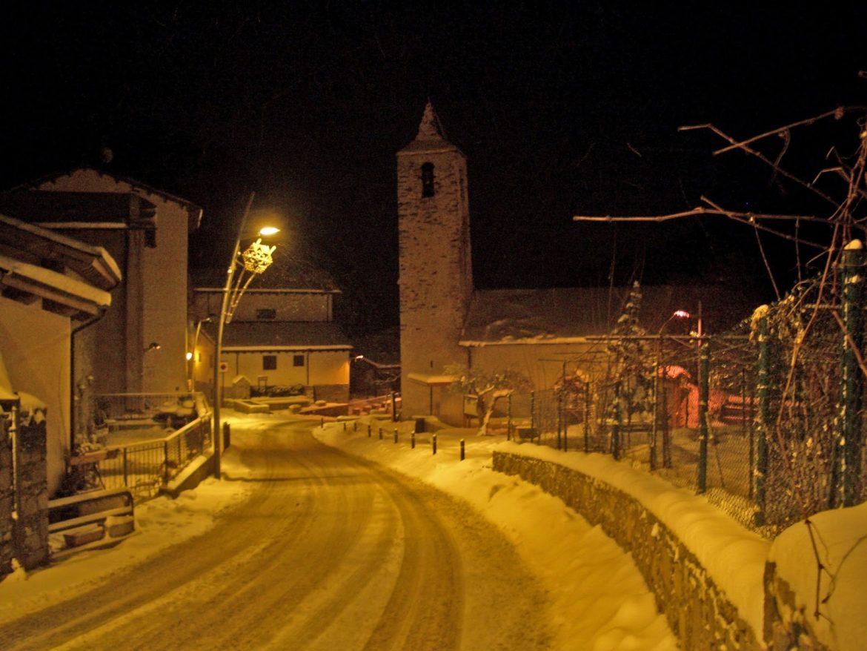 Especialistes en la Treta de neu a Sispony a La Massana Andorra, netegem els seus camins privats, accessos a pàrquings de comunitats, zones privades de Restaurants i Hotels retirada de nieve en Andorra.